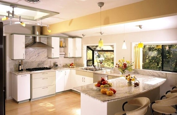 How to select the right furnishings and appliances for a modular kitchen in Delhi?